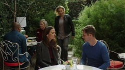 Elly Conway, Steph Scully, Mark Brennan in Neighbours Episode 7461