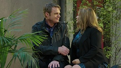 Gary Canning, Terese Willis in Neighbours Episode 7461