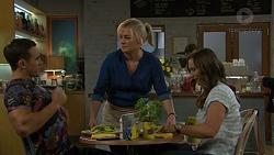 Aaron Brennan, Lauren Turner, Amy Williams in Neighbours Episode 7463