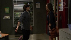 David Tanaka, Amy Williams in Neighbours Episode 7464