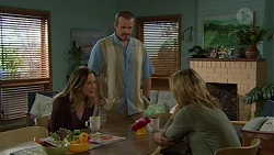 Sonya Mitchell, Toadie Rebecchi, Steph Scully in Neighbours Episode 7464