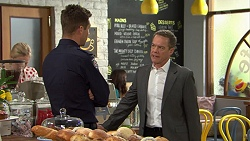 Mark Brennan, Paul Robinson in Neighbours Episode 7465