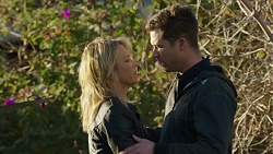 Steph Scully, Mark Brennan in Neighbours Episode 7465