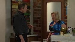 Gary Canning, Sheila Canning in Neighbours Episode 7466