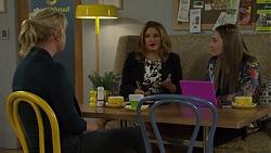 Lauren Turner, Terese Willis, Piper Willis in Neighbours Episode 7466