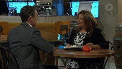 Paul Robinson, Terese Willis in Neighbours Episode 7467