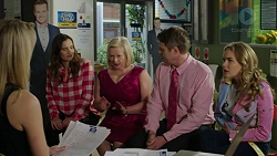 Diana McLaughlin, Amy Williams, Sheila Canning, Gary Canning, Xanthe Canning in Neighbours Episode 7469