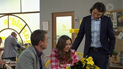 Paul Robinson, Amy Williams, Leo Tanaka in Neighbours Episode 7469