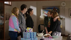 Xanthe Canning, Ben Kirk, Paige Smith, Piper Willis, Terese Willis in Neighbours Episode 7469