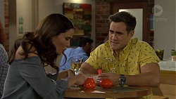 Elly Conway, Aaron Brennan in Neighbours Episode 7470