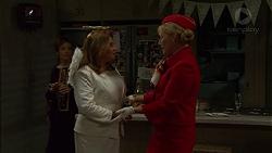 Susan Kennedy, Terese Willis, Lauren Turner in Neighbours Episode 7471