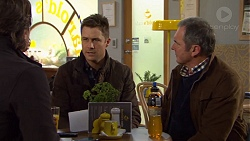 Brad Willis, Mark Brennan, Karl Kennedy in Neighbours Episode 7472