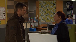Mark Brennan, Eve Fisher in Neighbours Episode 7473