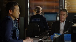 Constable Miles Doughty, Paul Robinson in Neighbours Episode 7474