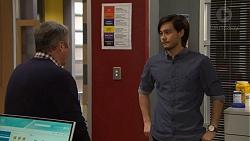 Karl Kennedy, David Tanaka in Neighbours Episode 7474