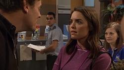 Jacka Hills, Paige Novak in Neighbours Episode 7474