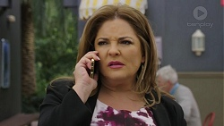 Terese Willis in Neighbours Episode 7476