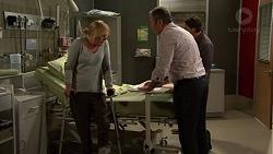 Lauren Turner, Karl Kennedy, Brad Willis in Neighbours Episode 7478