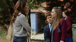 Elly Conway, Angus Beaumont-Hannay, Piper Willis in Neighbours Episode 7481