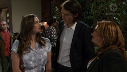 Amy Williams, Leo Tanaka, Terese Willis in Neighbours Episode 7481