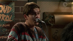 Angus Beaumont-Hannay in Neighbours Episode 7486