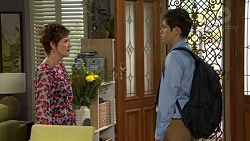 Susan Kennedy, Angus Beaumont-Hannay in Neighbours Episode 7488