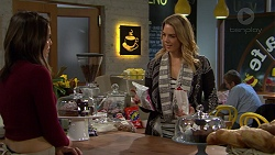 Paige Novak, Simone Bader in Neighbours Episode 7489