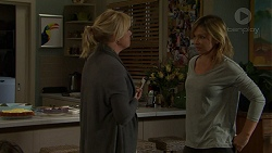 Lauren Turner, Steph Scully in Neighbours Episode 7490