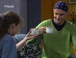 Debbie Martin, Luke Handley in Neighbours Episode 2630