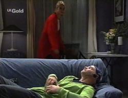 Danni Stark, Luke Handley in Neighbours Episode 2630