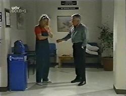 Ruth Wilkinson, Lou Carpenter in Neighbours Episode 3001