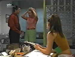 Karl Kennedy, Ruth Wilkinson, Sarah Beaumont in Neighbours Episode 3001