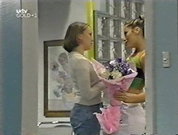 Libby Kennedy, Sarah Beaumont in Neighbours Episode 3001