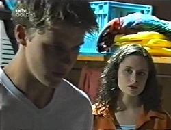 Billy Kennedy, Caitlin Atkins in Neighbours Episode 3001