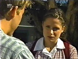 Billy Kennedy, Caitlin Atkins in Neighbours Episode 3002
