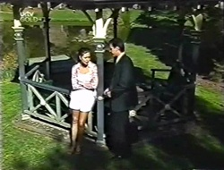 Sarah Beaumont, Karl Kennedy in Neighbours Episode 3004