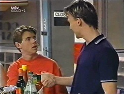 Lance Wilkinson, Perry Pinchen in Neighbours Episode 3004