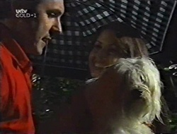 Karl Kennedy, Sarah Beaumont, Bob in Neighbours Episode 3004