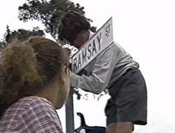 Hannah Martin, Paul McClain in Neighbours Episode 3004