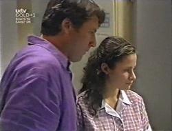 Geoff Burke, Caitlin Atkins in Neighbours Episode 3005
