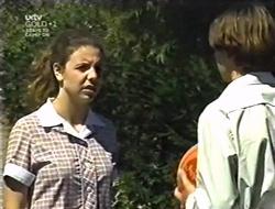 Hannah Martin, Paul McClain in Neighbours Episode 3005
