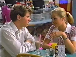 Lance Wilkinson, Amy Greenwood in Neighbours Episode 3005