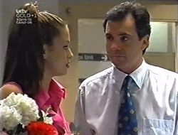 Sarah Beaumont, Karl Kennedy in Neighbours Episode 3005