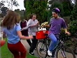 Anne Wilkinson, Billy Kennedy, Toadie Rebecchi, Paper Boy in Neighbours Episode 3008