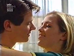Lance Wilkinson, Amy Greenwood in Neighbours Episode 3009
