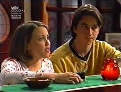 Libby Kennedy, Darren Stark in Neighbours Episode 3009