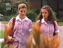 Anne Wilkinson, Caitlin Atkins in Neighbours Episode 3009