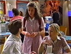 Lance Wilkinson, Caitlin Atkins, Amy Greenwood in Neighbours Episode 3009
