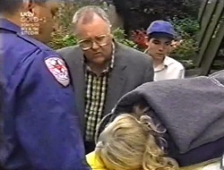 Harold Bishop, Madge Bishop, Paul McClain in Neighbours Episode 3011