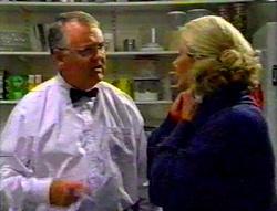 Harold Bishop, Madge Bishop in Neighbours Episode 3112